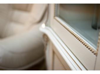 Шкаф-витрина «Алези 2/1» П350.25 (слоновая кость с золочением)